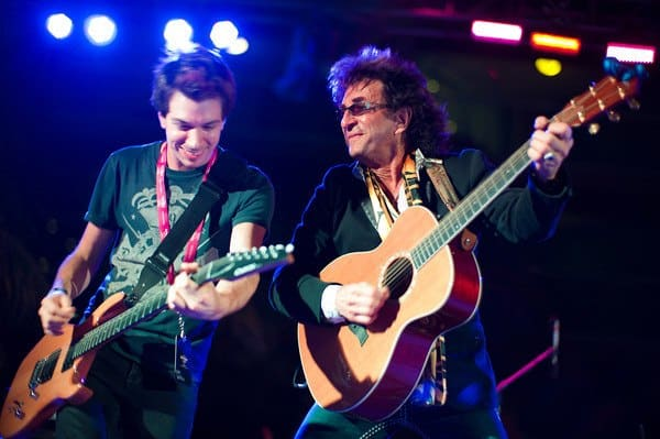 "Performing ""Eye of the Tiger"" w/ songwriter Jim Peterik in Cancun, Mexico"