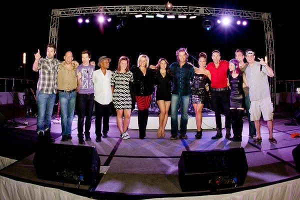 Post-show w/ the gang from Idol/The Voice/etc. in Cancun, Mexico
